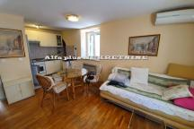 Two bedroom apartment in a stone house in the city center