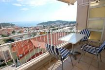 Three bedroom duplex apartment in the center with a beautiful view and parking